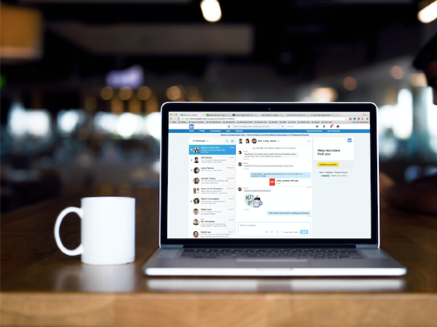 Stand out on LinkedIn's Social Network - 5 Tips